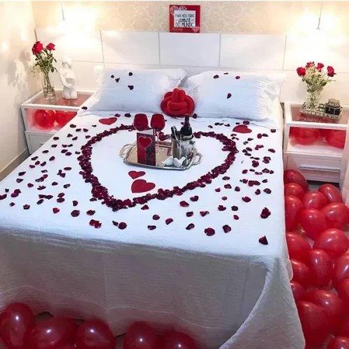 romantic room decoration with balloon