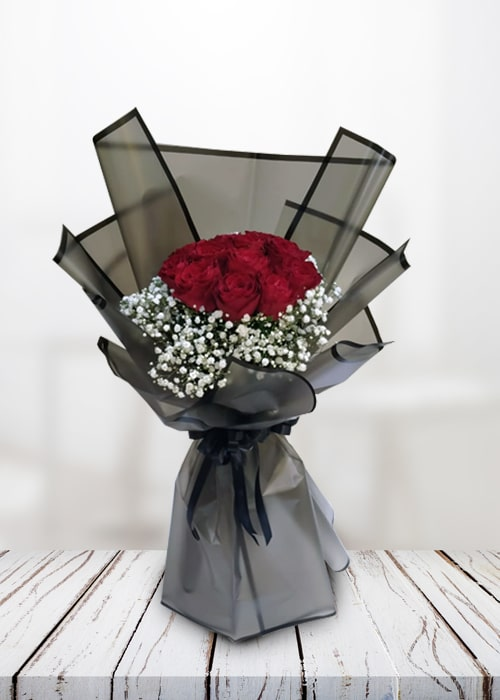 Enticing 12 Red Rose Bouquet