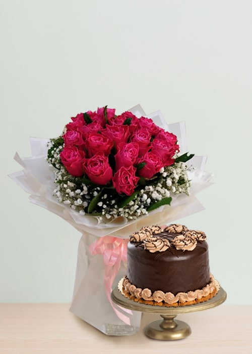 10 pink rose bouquet with chocolate cake