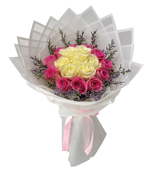 Lavishing 12 pink and white roses bouquet