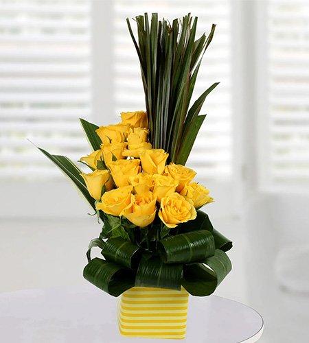 Enchanting Yellow Rose Arrangement