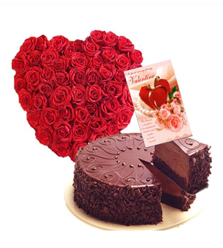 Heart shaped arrangement with cake