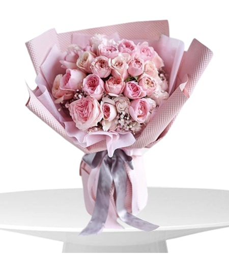 Winsome 15 red rose bouquet