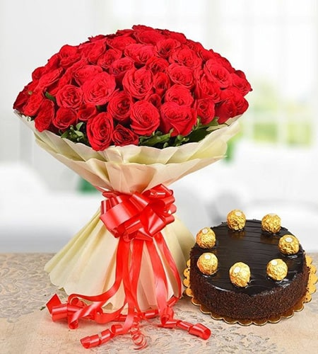 exquisite 25 red roses with 1.2 pound chocolates cake