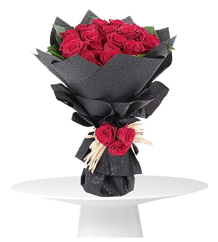 Delightful 12 red roses bouquet